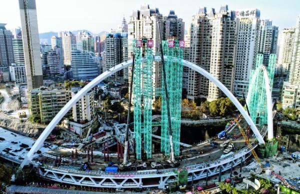 人民大道南段项目重要节点工程筑